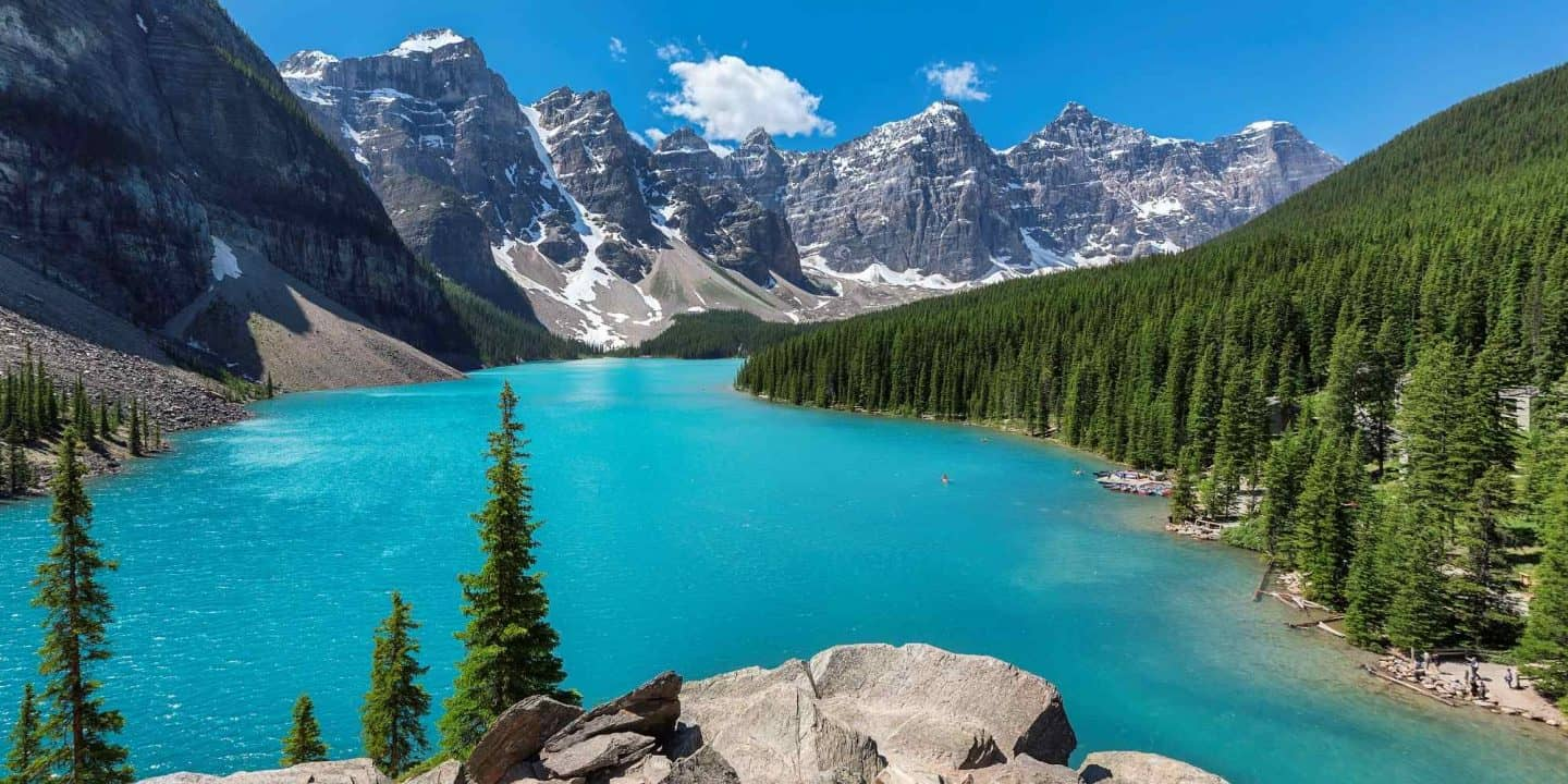 best_things_to_do_in_banff_moraine_lake-1440x720
